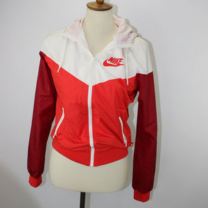 NIke The Windrunner Windbreaker Jacket